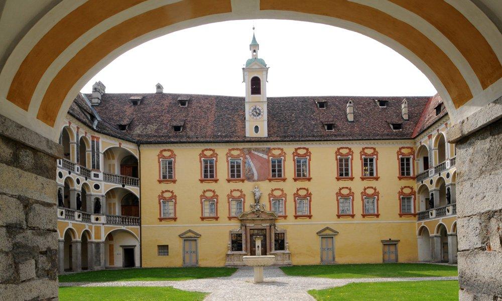 Finde ich in der Region historische Kirchen, Schlösser oder Burgen?